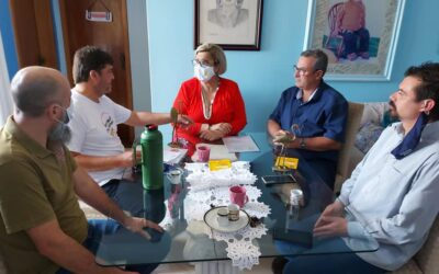 Candidata a prefeita de Sapucaia do Sul, Cezalpina (PSL), assina carta compromisso em defesa da Trebsurb pública